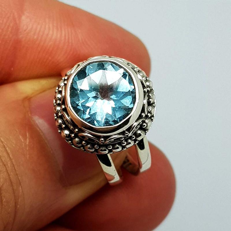 Natural Blue Topaz 29.00 Carats 925 Silver Ring