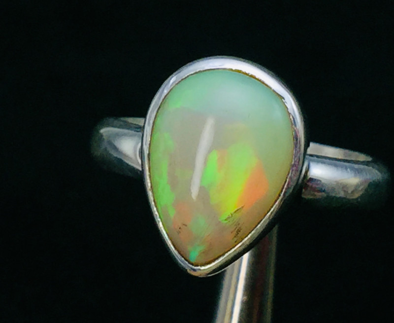 5.0 cts Natural  Firey Ethiopian Opal Handmade 925 Sterling silver ring
