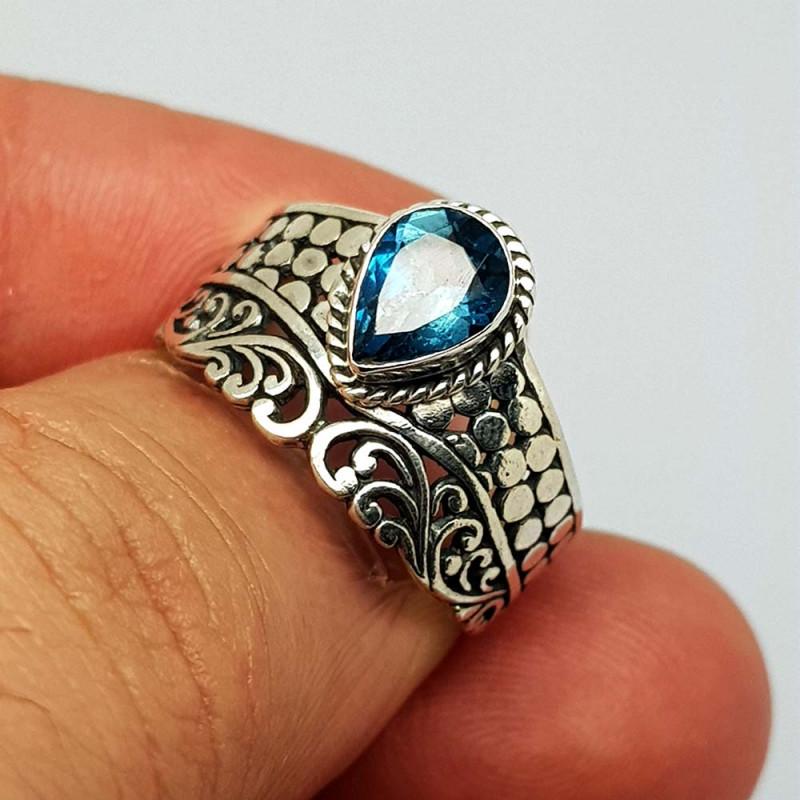 Natural London Blue Topaz 21.85 Carats 925 Silver Ring