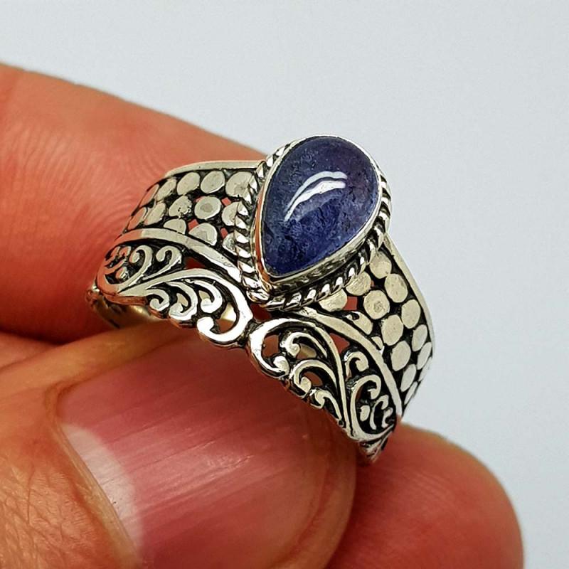 Natural Tanzanite 21.00 Carats 925 Silver Ring