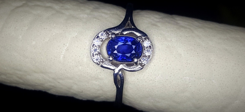 10.10 Crts Sapphire Ring In Rhodium Coated 92.5 Silver & CZ