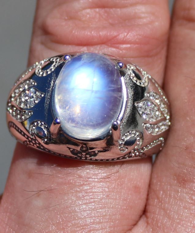 Moonstone 6.95ct, Solid 925 Sterling Silver, Rhodium Finish, Solitaire Ring