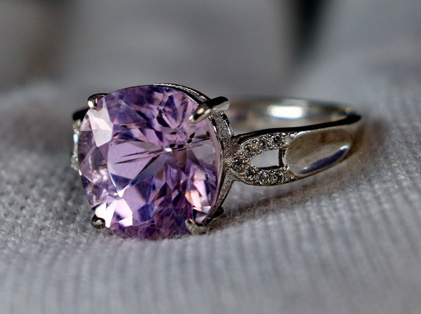 15.30 Cts Unheated & Natural ~ Purple Pink Kunzite Silver Ring