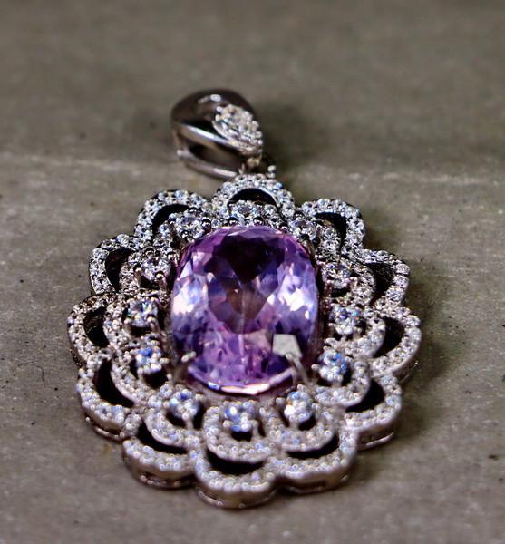 39.45 Cts Unheated & Natural ~ Purple Pink Kunzite Silver Pendant