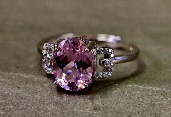 14.10 Cts Unheated & Natural ~ Purple Pink Kunzite Silver Ring
