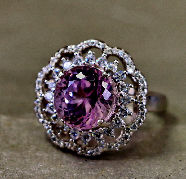 30.05 Cts Unheated & Natural ~ Purple Pink Kunzite Silver Ring