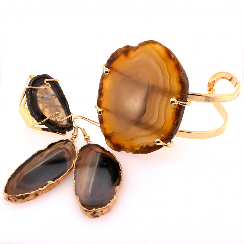 Beautiful Agate Jelwery set: Bracelet, Ring and Earrings  BR 689