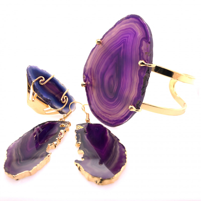 Beautiful Agate Jelwery set: Bracelet, Ring and Earrings  BR 690