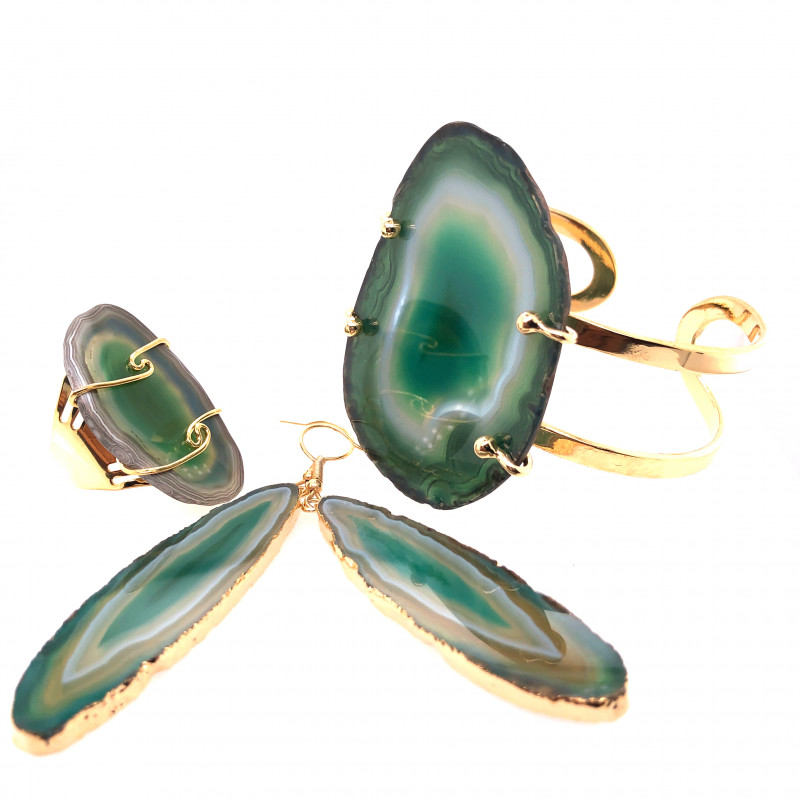 Beautiful Agate Jelwery set: Bracelet, Ring and Earrings  BR 691