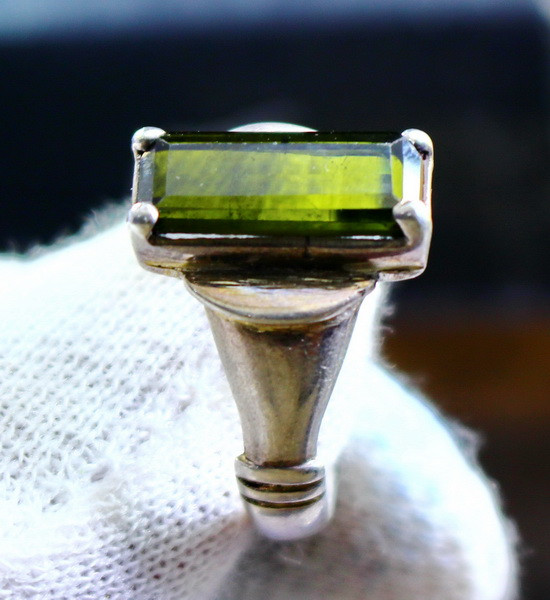 31.75 Cts Unheated & Natural ~ Green Tourmaline Silver Ring