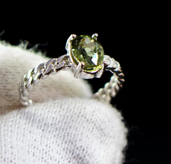 12.60 Cts Unheated & Natural ~ Green Tourmaline Silver Ring