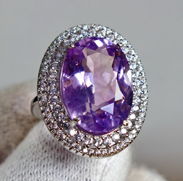 31.00 Cts Unheated & Natural ~ Purple Amethyst Silver Ring