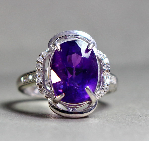 24.70 Cts Unheated & Natural ~ Purple Amethyst Silver Ring