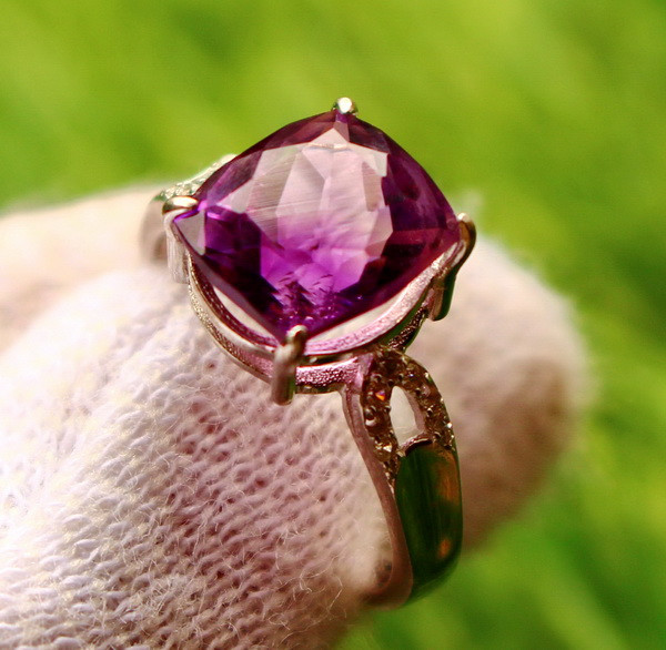 14.70 Cts Unheated & Natural ~ Purple Amethyst Silver Ring