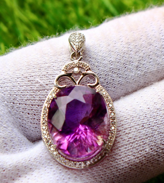 32.10 Cts Unheated & Natural ~ Purple Amethyst Silver Pendant