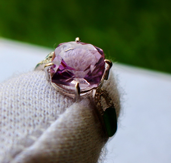 13.40 Cts Unheated & Natural ~ Purple Amethyst Silver Ring