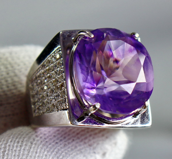 66.30 Cts Unheated & Natural ~ Purple Amethyst Silver Ring
