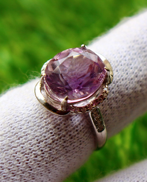 25.80 Cts Unheated & Natural ~ Purple Amethyst Silver Ring