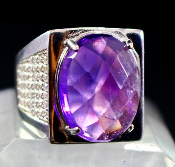 61.40 Cts Unheated & Natural ~ Purple Amethyst Silver Ring