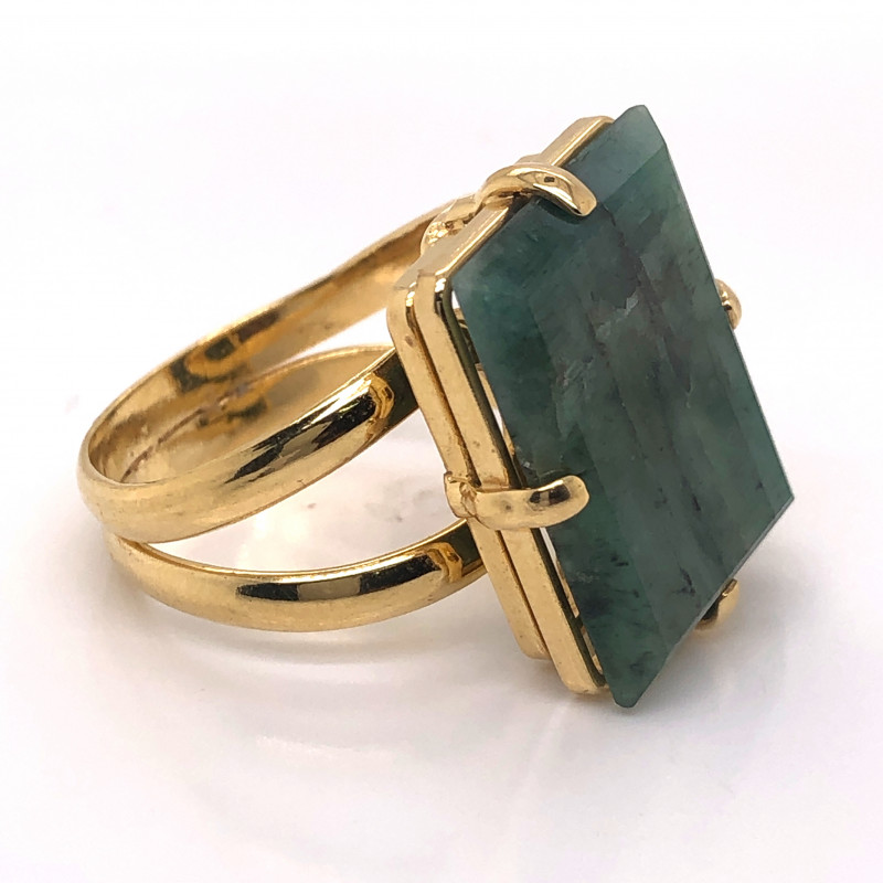 gold plated ring with emerald