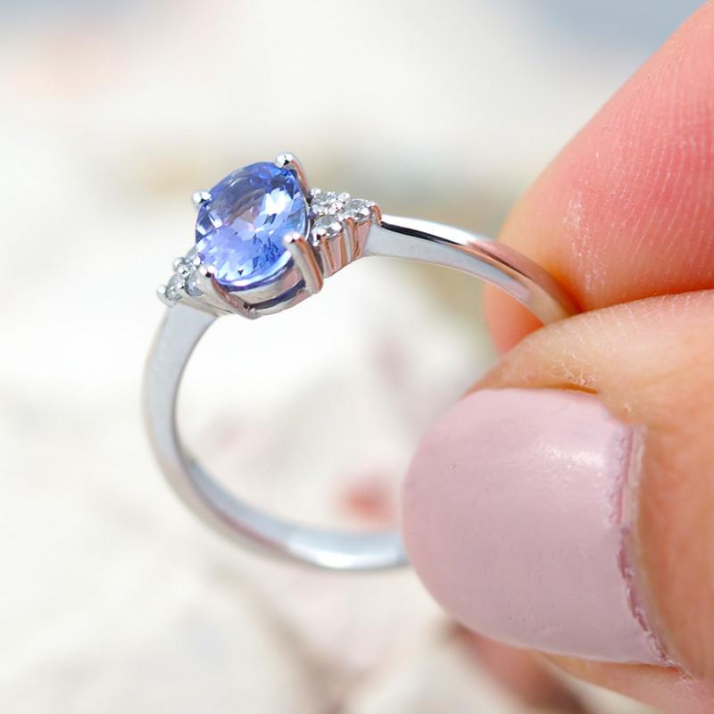 Natural Tanzanite in Silver Princess Ring F17D