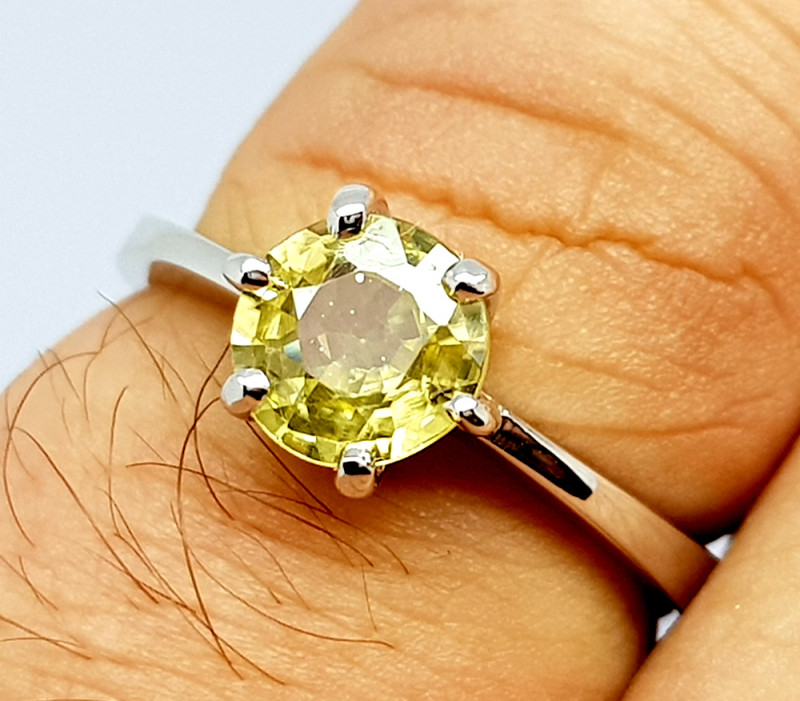 Natural Yellow Zircon 925 Sterling Silver Ring (NJT69)