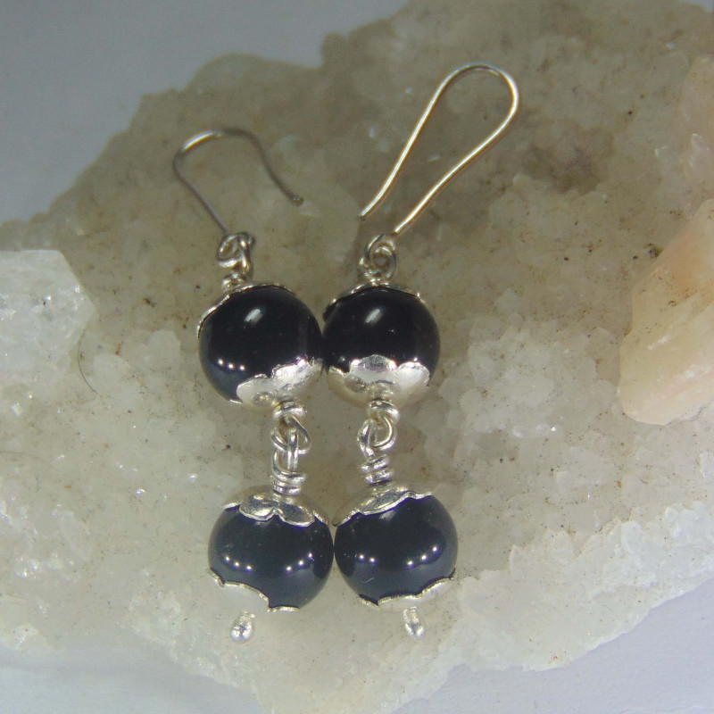 999 silver designs Crafted onyx beads earrings