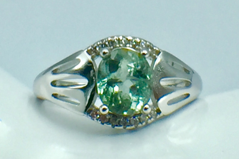 1.35 Ct Natural Paraiba Tourmaline Gemstone Silver Ring. DZP 24