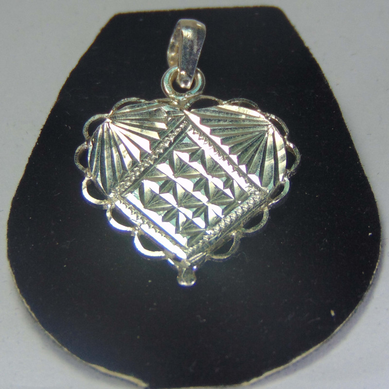 faceted pendent ~ ~ 999silver designs 13.30cts