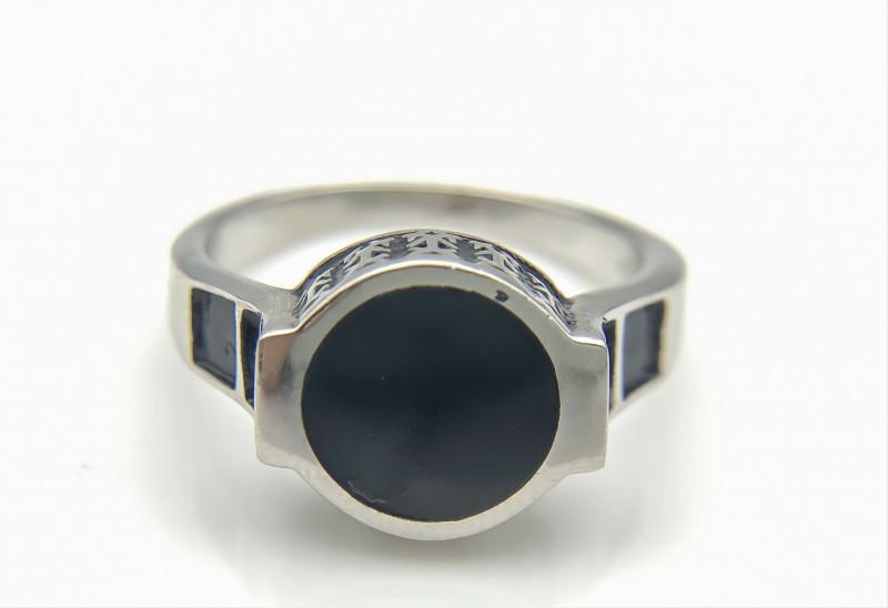 27.01 Crt Natural Black Onyx 925 Silver Ring