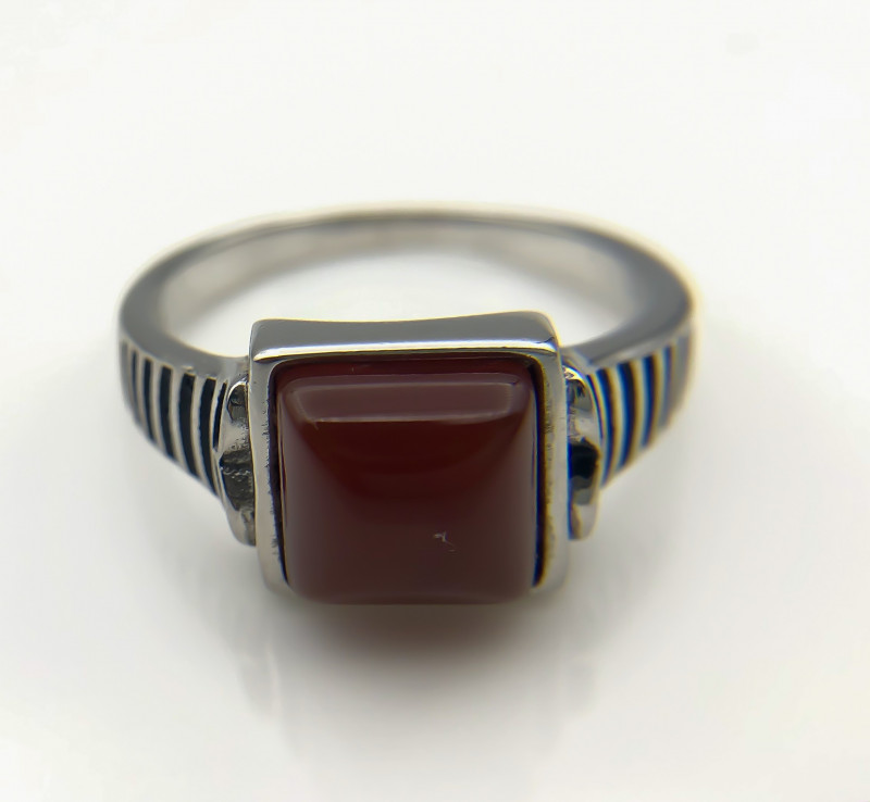30.28 Crt Natural Red Agate 925 Silver Ring