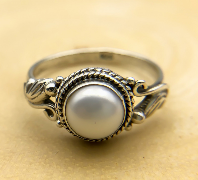 11.40 Crt Natural Fresh Water Pearl 925 Silver Ring