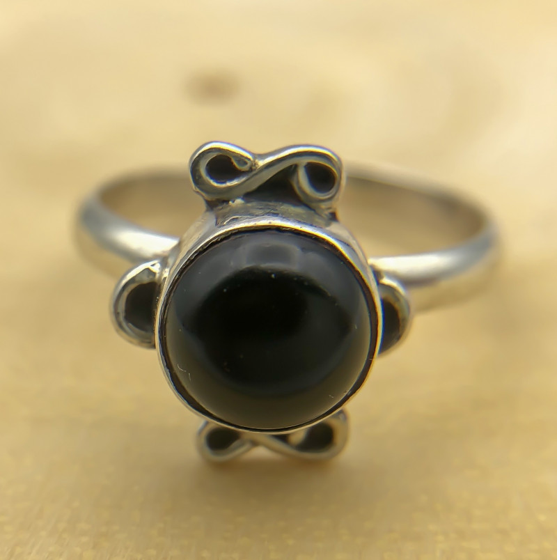 12.44 Crt Natural Black Onyx 925 Silver Ring
