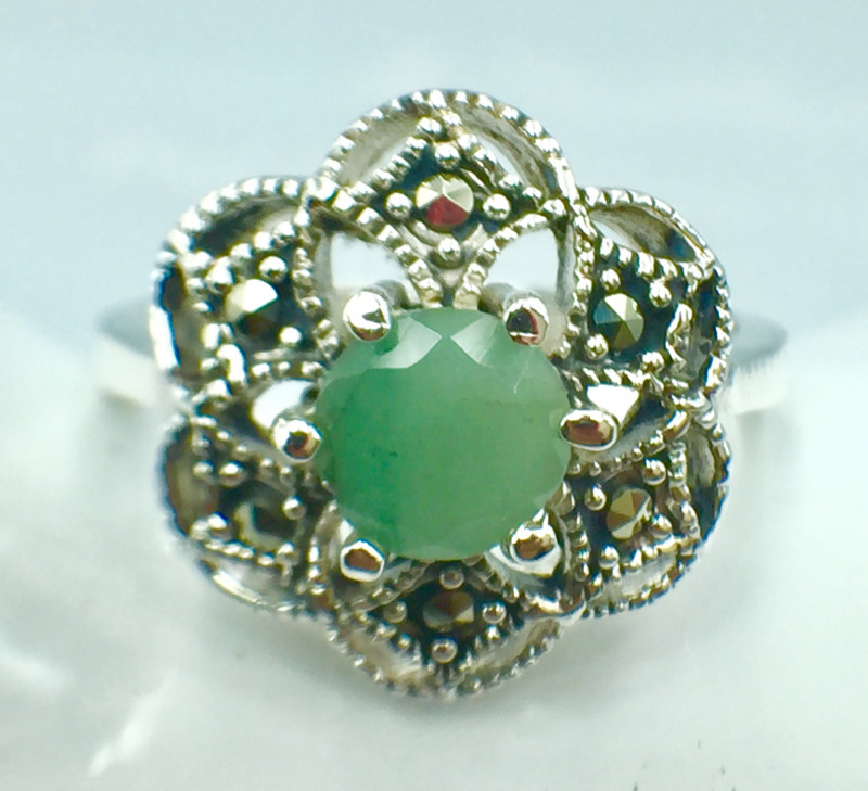 Natural Emerald Gemstone. Silver 925 Ring. DEM 91