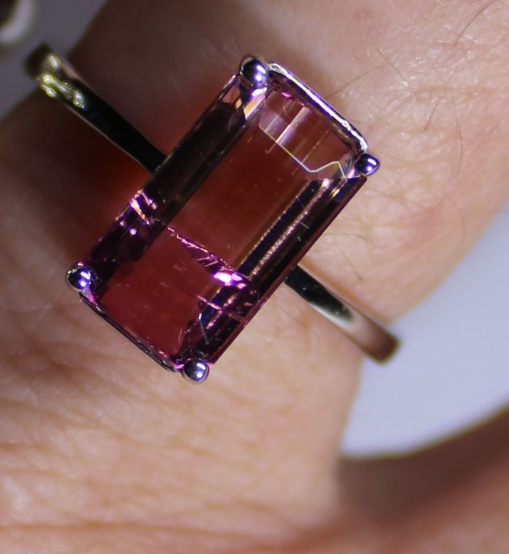Rubellite 4.20ct or Red Tourmaline Solid 18K White Gold Solitaire Ring