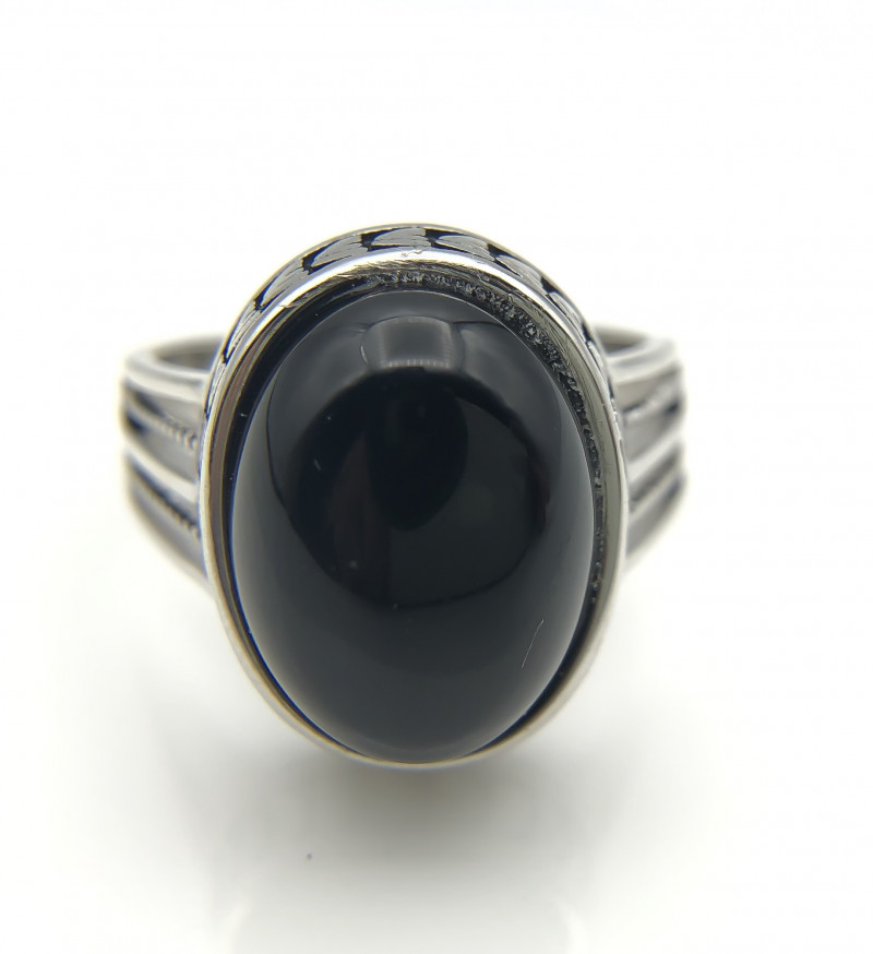 39.43 Crt Natural Black Onyx 925 Silver Ring