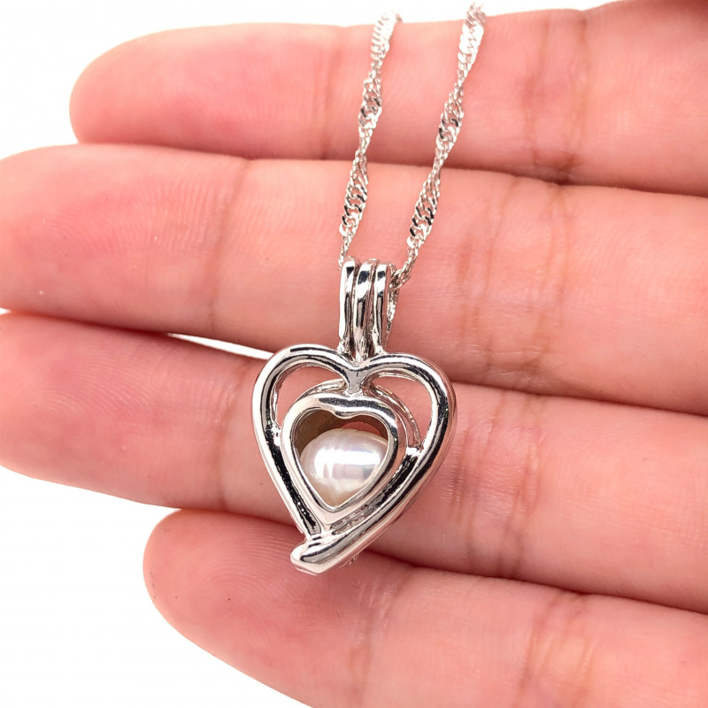 Natural Fresh water pearl in heart shape pendant Br 2526