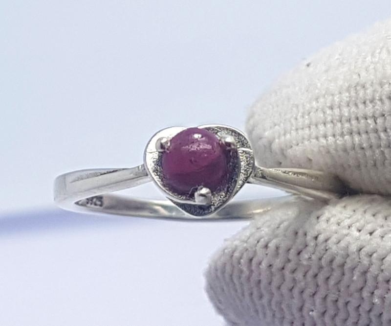 8.10 Carats Natural Ruby Cabochon Silver Ring