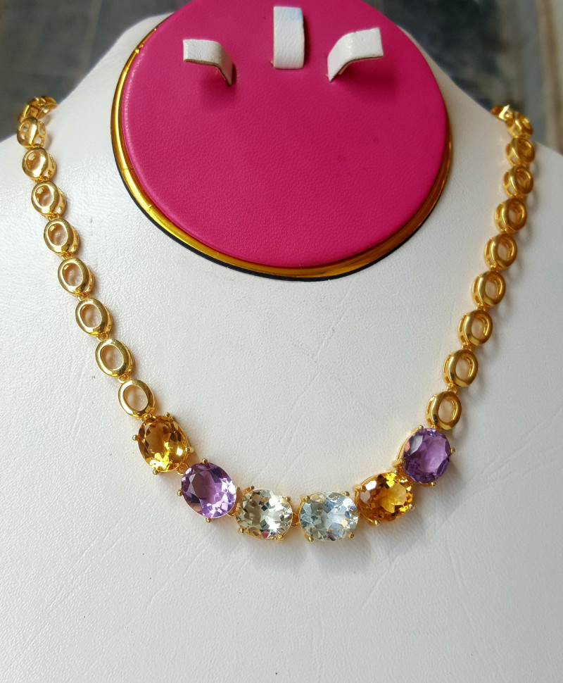 Beautiful Natural Mix Stones Necklace.