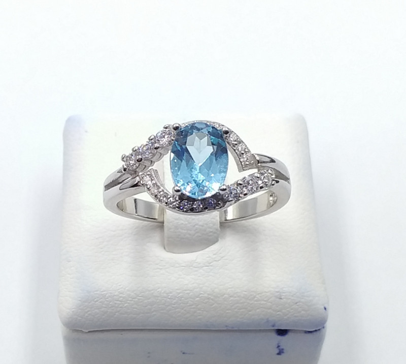 NATURAL BLUE  TOPAZ 925% SILVER RING F 22