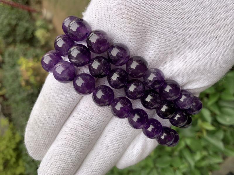Beautiful purple color amethyst  bracelet