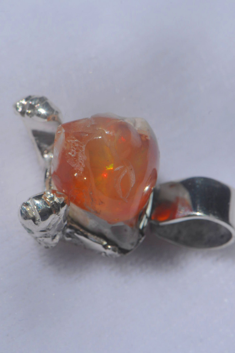 44.18ct Mexican Opal .925 Sterling Silver Pendant