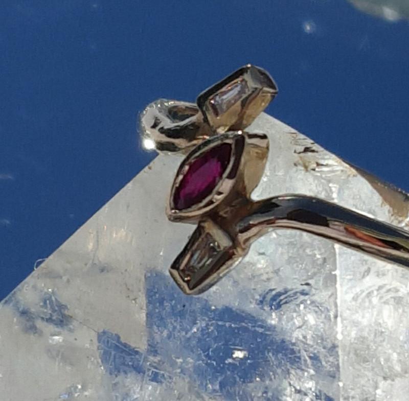 natural ruby & diamond 9ct YG ring