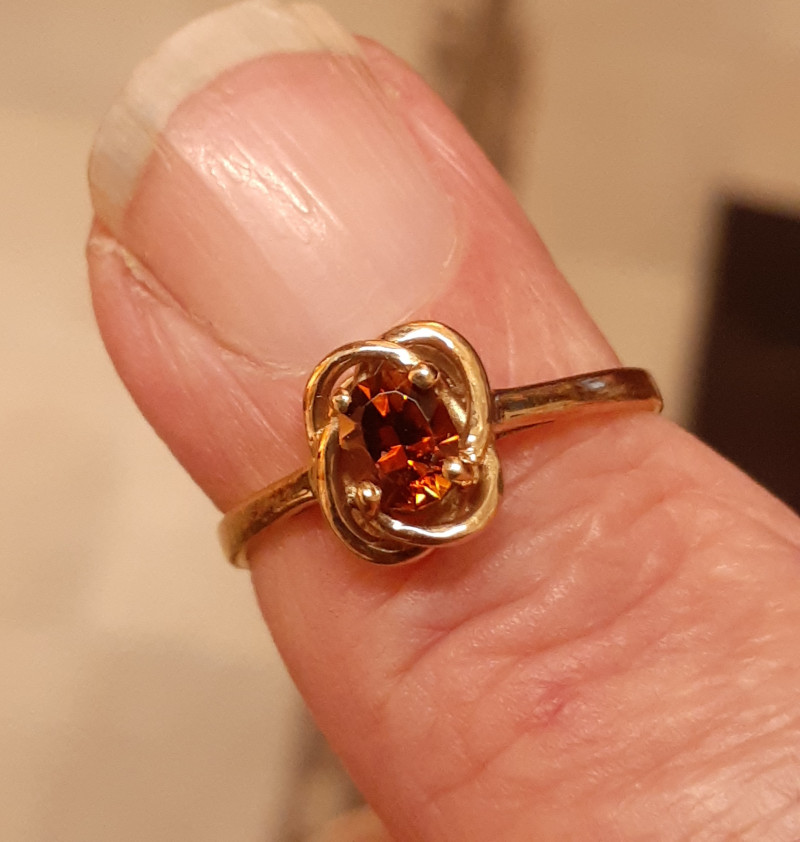 golden tourmaline 9ct YG ring
