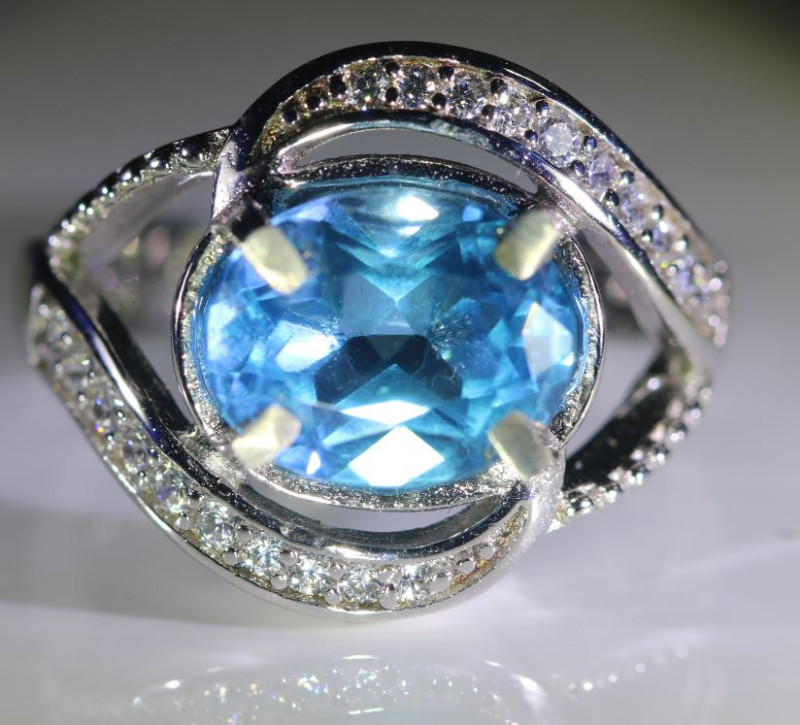 Blue Topaz 2.20ct Platinum Finish Solid 925 Sterling Silver Ring