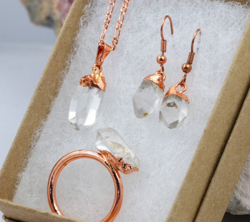 4 Piece Crystal Jewelry set $99 for $10.00 - Ring Size Q -