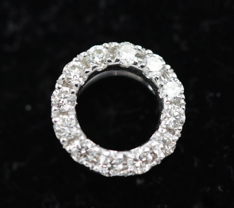 18 K White Gold Diamond Pendant - H16 - P11175 -2