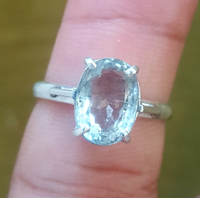 Natural Aquamarine RING.