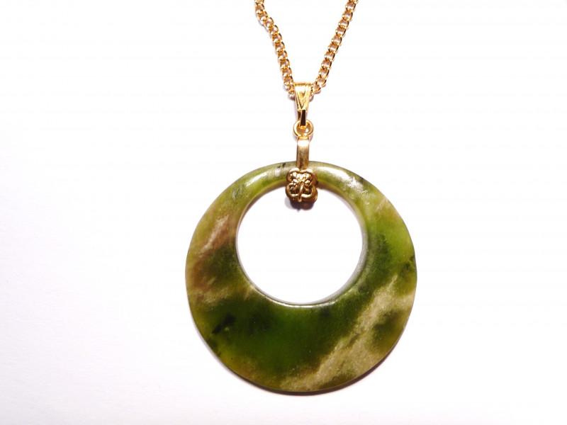 Pretty Natural Green Australian Nephrite Jade Circle Pendant - free chain (