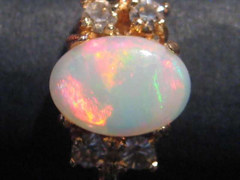 Beautiful Solid Australian Opal and Gold Gilt Ring  Size 7.5 / P  (z2585)